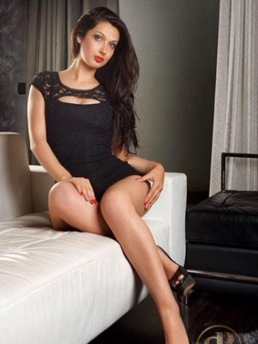 Sex ad by kinky escort Cindy (23) in London - Photo: 5