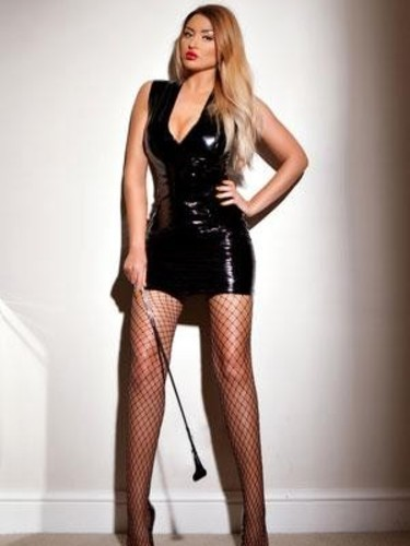 Sex ad by escort Maya (22) in London - Photo: 4