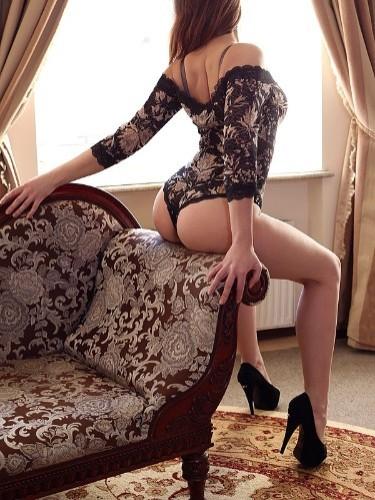 Nadya (21) в Санкт-Петербург эскорт - Фото: 1