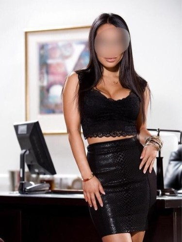 Escort agency Club 35 Sofia in Düsseldorf - Foto: 12 - Adela