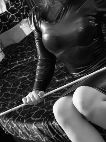 Fetish Meesteres sex advertentie van Isabella in Den Haag - Foto: 3