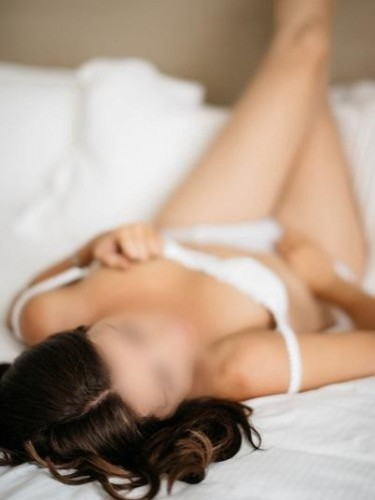 Sex ad by escort Audrey (28) in Cheshire - Photo: 5