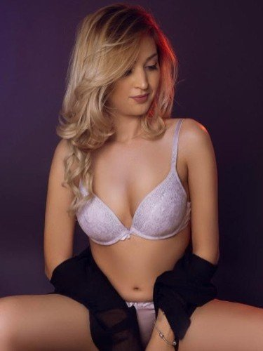Sex ad by escort Nikoleta (24) in London - Photo: 1