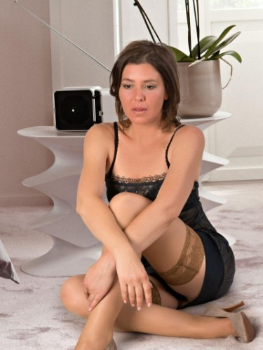 Sex ad by MILF escort Mona (39) in Berlin - Foto: 3