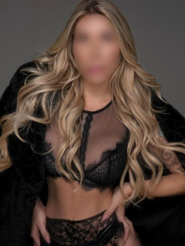 Sex ad by kinky escort Emmy (25) in Dubai - Photo: 4