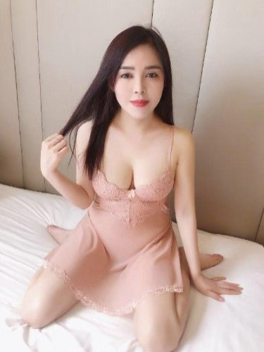 Sex ad by kinky escort Sandy (22) in Abu Dhabi - Photo: 3