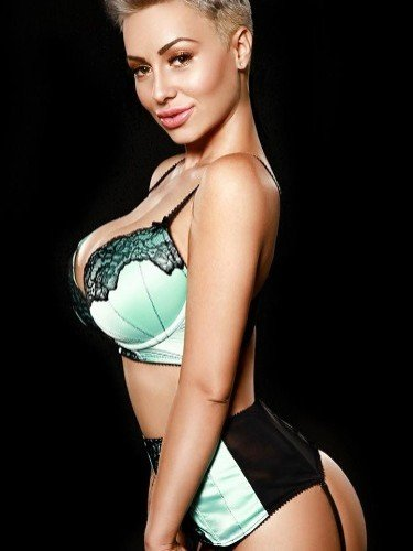 Sex ad by escort Neona (26) in London - Photo: 1