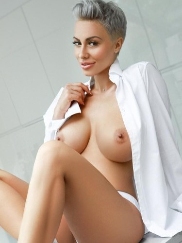 Sex ad by escort Neona (26) in London - Photo: 3