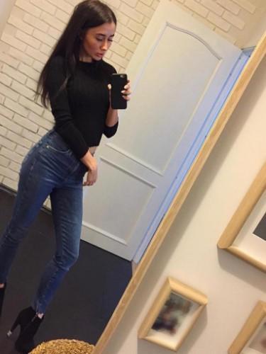 Jennifer (25) в Санкт-Петербург эскорт - Фото: 1