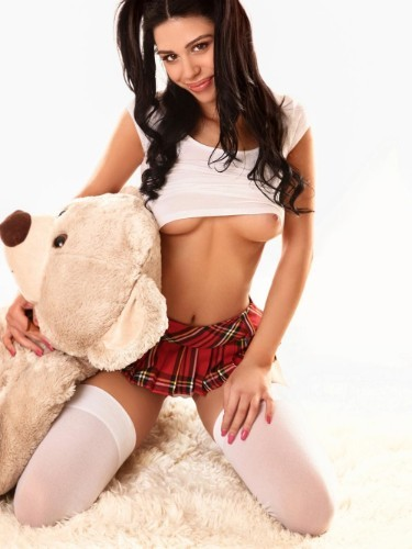 Sex ad by kinky escort Dea (21) in London - Photo: 3
