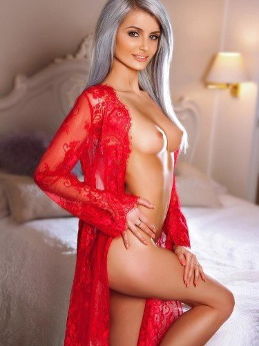 Sex ad by escort Mia (24) in London - Photo: 3