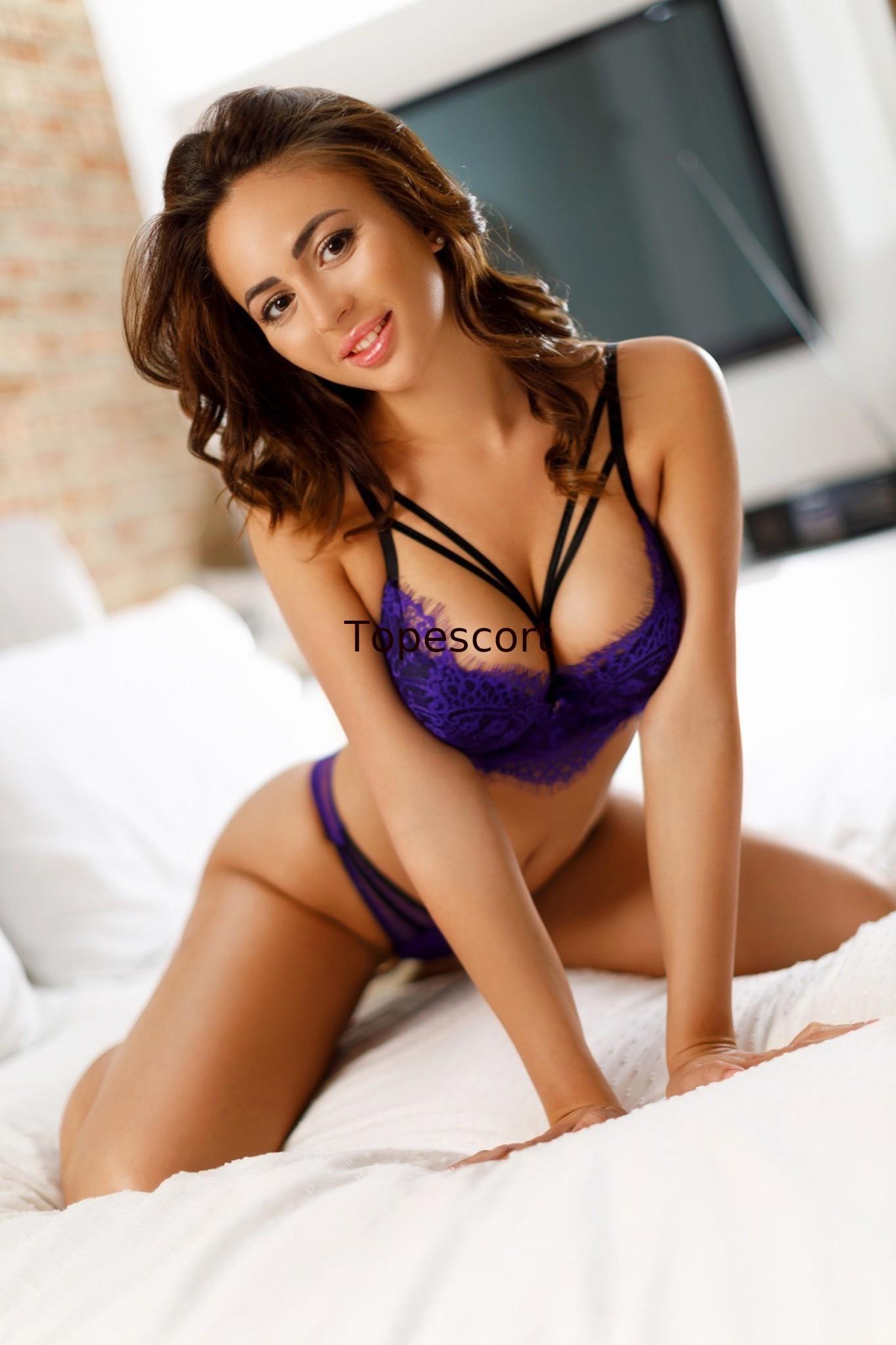 Celebrity Prostitute Samantha X Says Brangelina Split Was Always Going To Happen