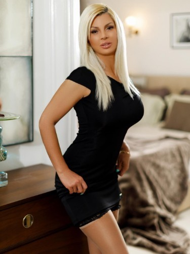 Sex ad by escort Sonia (27) in London - Photo: 3