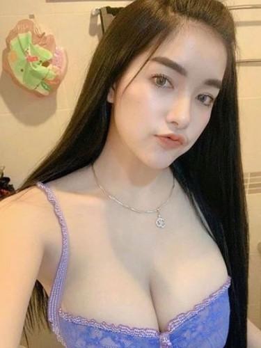 Sex ad by escort Nadia (22) in Kuala Lumpur - Photo: 5