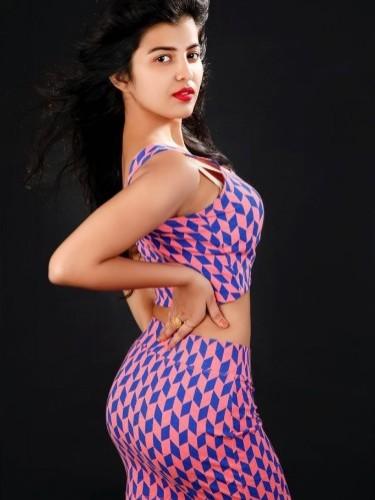 Sex ad by escort Jhanvi Patel (24) in Dubai - Photo: 4