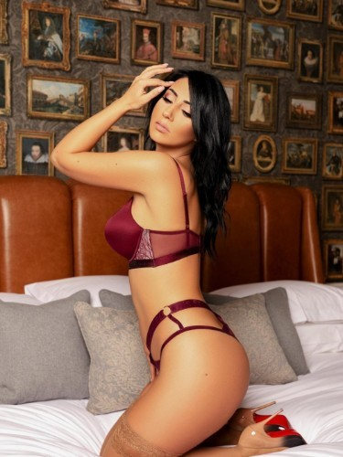 Sex ad by kinky escort Kimm (26) in London - Photo: 7
