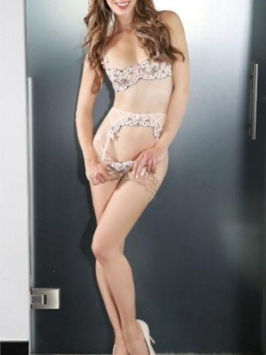 Sex ad by kinky escort Fiona (30) in Köln - Foto: 4