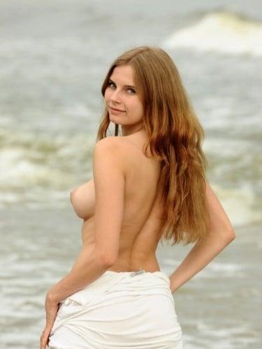 Yana (23) в Санкт-Петербург эскорт - Фото: 1
