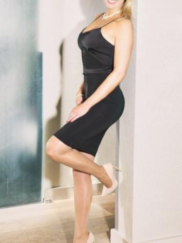 Sex ad by escort Celine (30) in Düsseldorf - Foto: 1