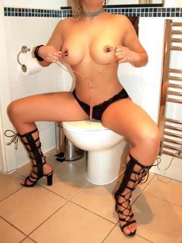 Sex ad by kinky MILF escort Lara (39) in London - Photo: 6