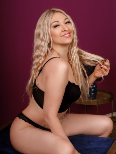 Alona Hot Babe (30) Escort Babe in Athens - Photo: 6