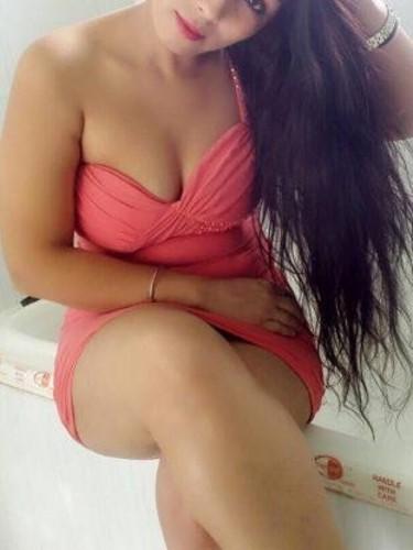 Sex ad by escort Anushka Rai (21) in Dubai - Photo: 1