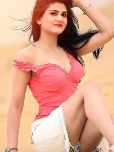 Sex ad by escort Anushka Rai (21) in Dubai - Photo: 3