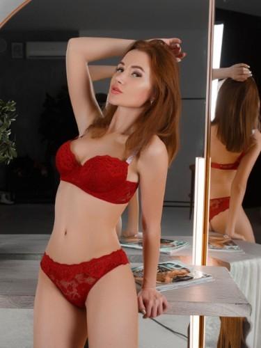 Anya (21) Teen Escort Babe in Ankara - Photo: 3
