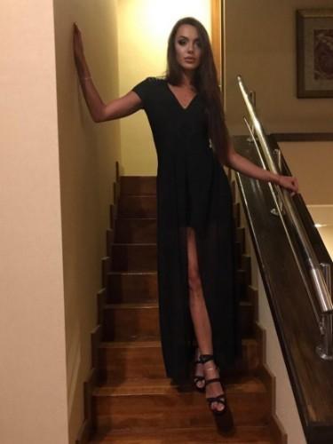 Niusha (24) Fetish Teen Escort Babe in Istanbul - Photo: 6