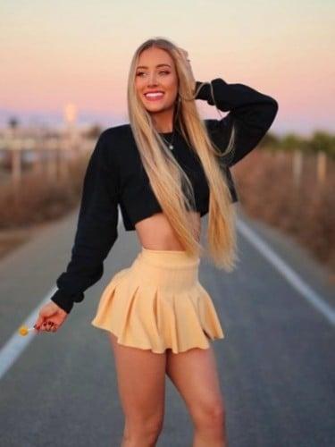 Elena (21) в Москва эскорт - Фото: 1