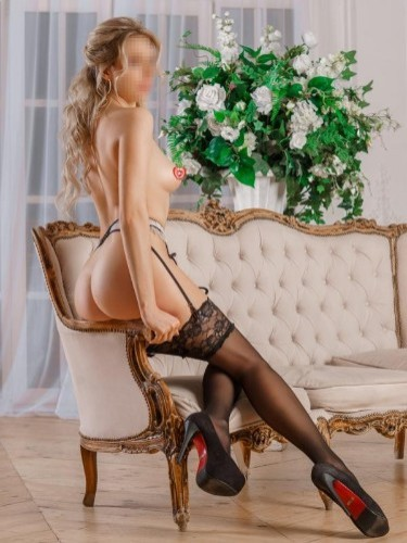 Veronika Sweet (21) в Санкт-Петербург кинки эскорт - Фото: 7