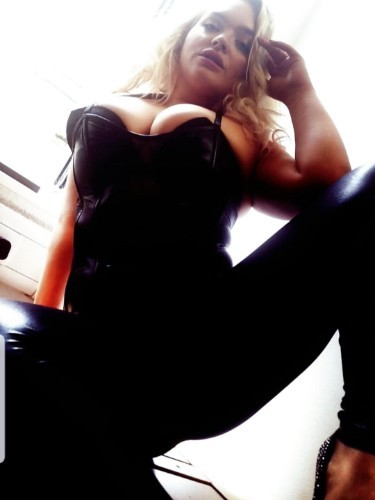 Sex ad by escort Laura (25) in Frankfurt - Foto: 3