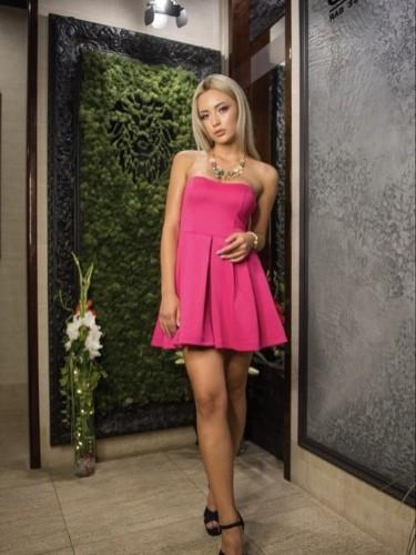Elena (23) в Санкт-Петербург эскорт - Фото: 3