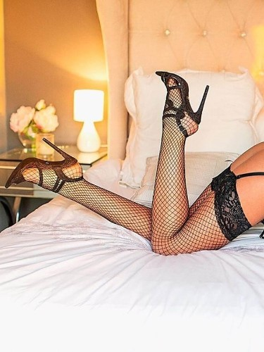 Sex ad by escort Alice (24) in London - Photo: 3