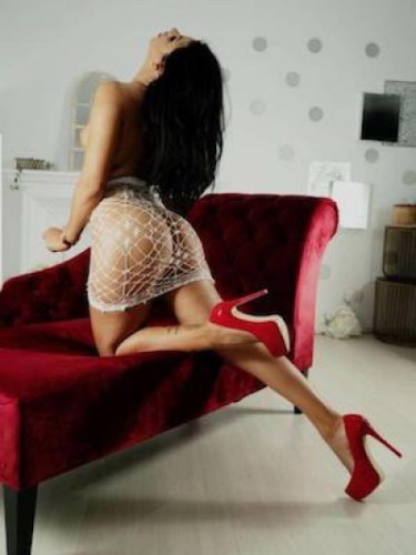 Sex ad by kinky escort Chrissy (25) in London - Photo: 3