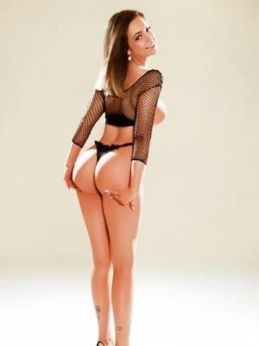 Sex ad by kinky escort Isabella (21) in London - Photo: 6