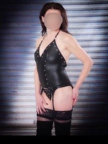 Sex ad by kinky escort Monica (42) in Colchester - Photo: 2