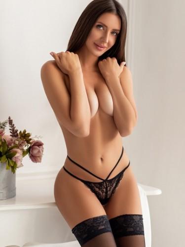Ruth (23) Fetish Teen Escort Babe in Milan - Photo: 1