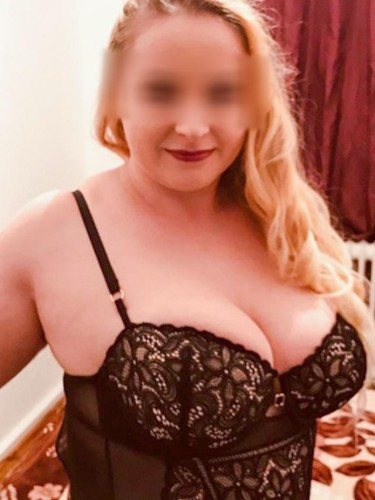 Escort agency Le Rose Escorts in Köln - Foto: 20 - Julia