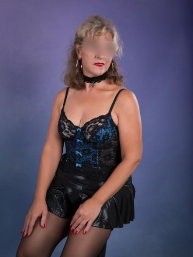 Sex ad by escort Beatrice (39) in Stuttgart - Foto: 3