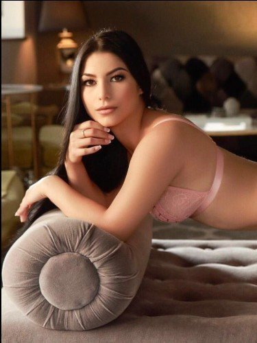 Sex ad by escort Amora (20) in London - Photo: 3