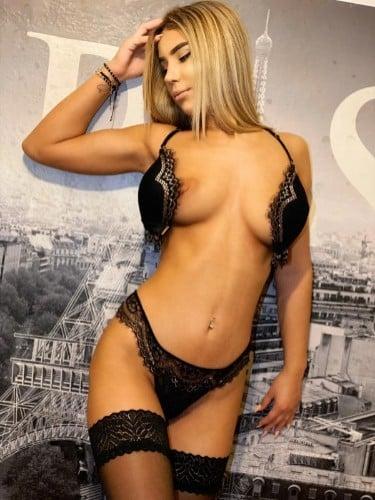 Sex ad by kinky escort Emma (21) in München - Foto: 1