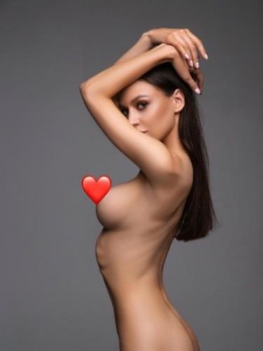 Sex ad by escort Baby (20) in Dubai - Photo: 1