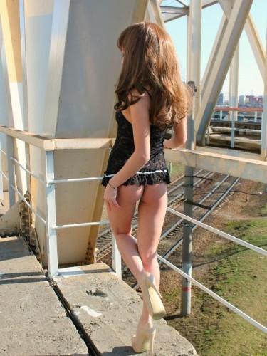 Linda (20) в Санкт-Петербург кинки эскорт - Фото: 1