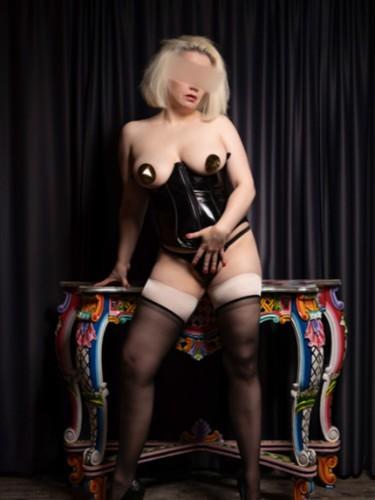 Sex ad by escort Gina (36) in München - Foto: 4