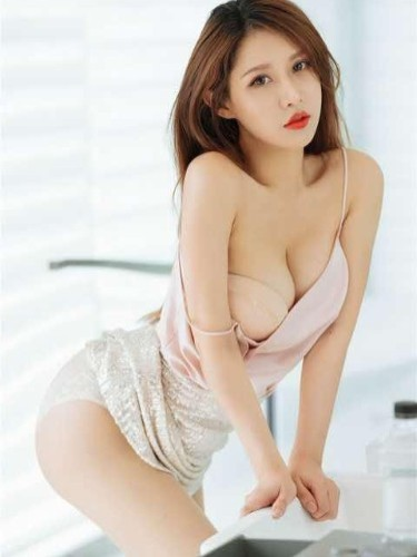 Sex ad by kinky escort Lily (26) in Guangzhou - Photo: 2