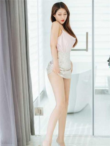 Sex ad by kinky escort Lily (26) in Guangzhou - Photo: 3