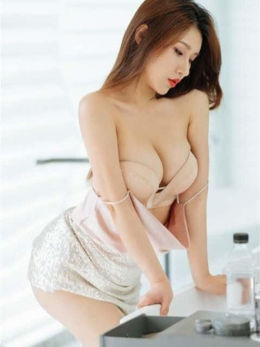 Sex ad by kinky escort Lily (26) in Guangzhou - Photo: 4