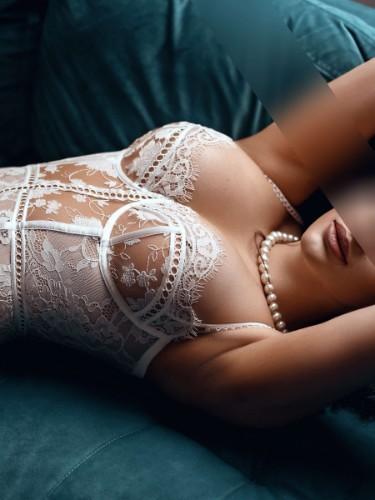 Sex ad by kinky escort Khloe Karl (25) in London - Photo: 3