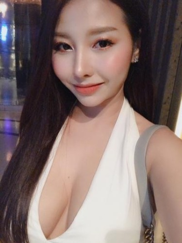 Sex ad by escort Evelyn (24) in Bangkok - Photo: 3